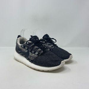Nike Roshe One Winter Wool Sneakers Women's Size 8